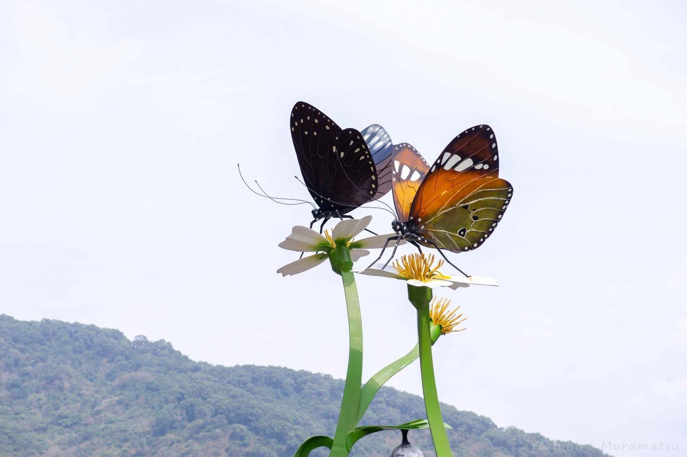 茂林風景区の蝶のモニュメント